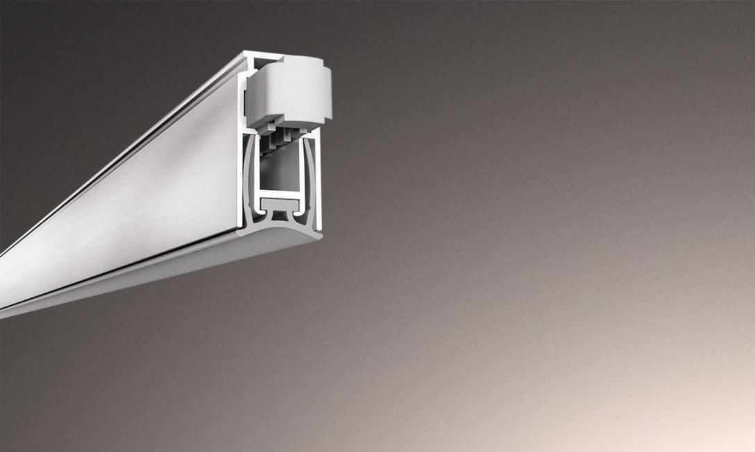Uszczelki opadające należą do akcesoriów stanowiących barierę ochronną zabezpieczającą pomieszczenia przed przedostawaniem się powietrza, światła, dźwięku, kurzu, pyłu, insektów, a nawet dymu oraz ognia. Dzięki temu poprawiają izolację akustyczną i termic
